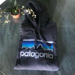 Men's Patagonia Hooded Grey Sweatshirt